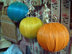 bamboo crafts of West Bengal, hanging lamp